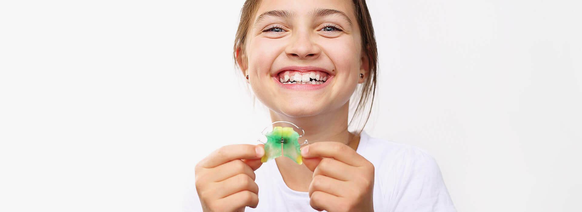 Feste Zahnspangen in Hannover - Individuelle Zahnklammern in der Zahnspangenwelt